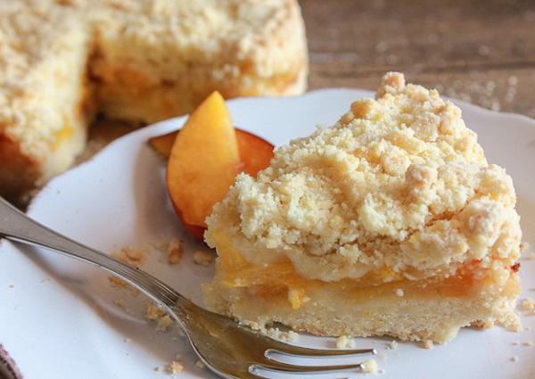 fresh peach cake filling