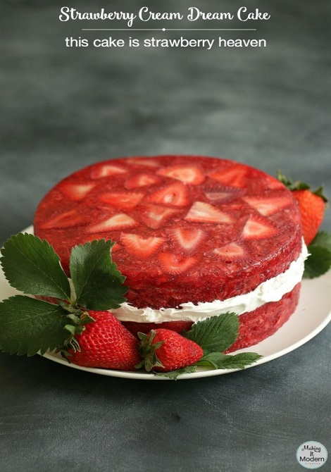 strawberry-cream-dream-cake-2.1-638x1024