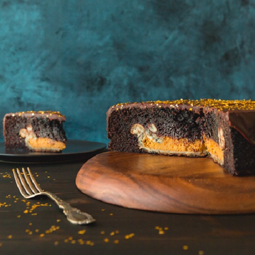 pumpkin-pie-stuffed-chocolate-cake-4-of-4