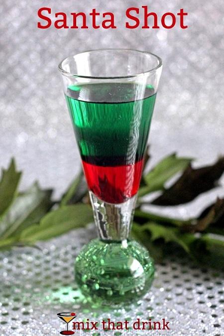santa-shot-cocktail-600x900
