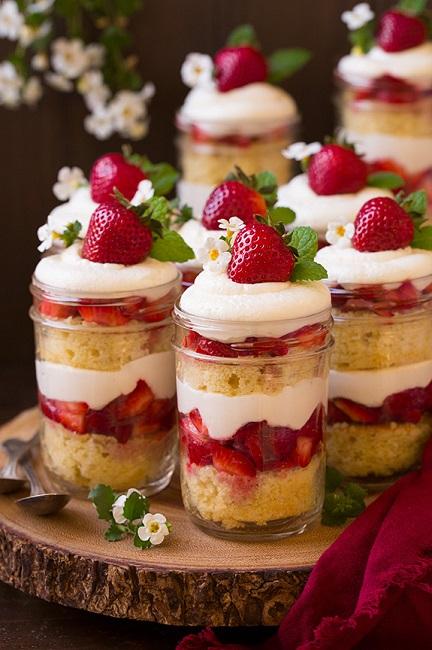 strawberry_shortcake_trifles2