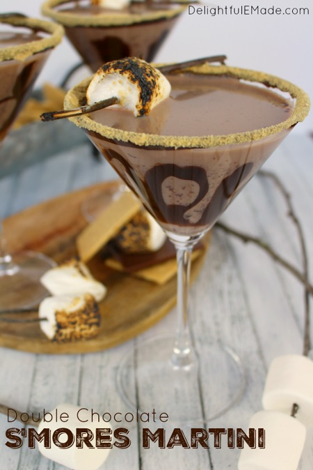 double-chocolate-smores-martini-delightfulemade-vert4-wtxt-683x1024