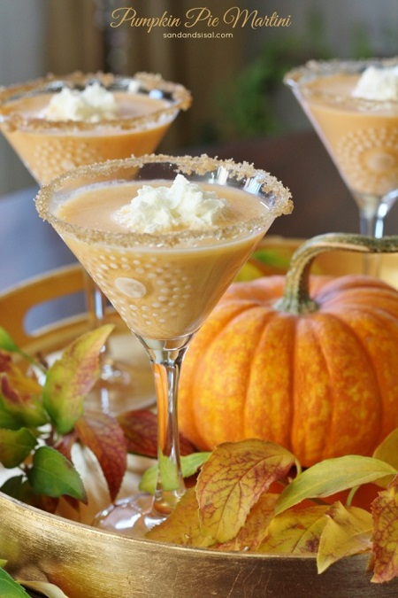 pumpkin-pie-martini-682x1024