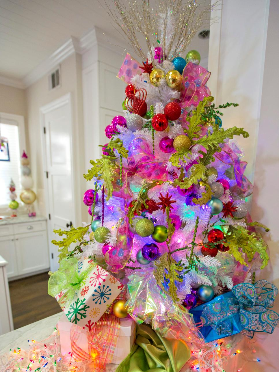 Most gorgeous christmas tree decorating ideas for 2016 Christmas decorating themes