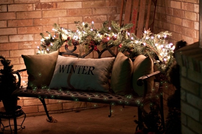 diy-christmas-lights-garland-wrapped-bench