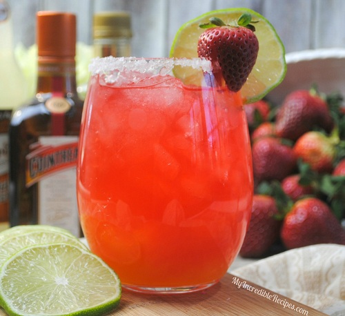 fizzy-strawberry-margarita