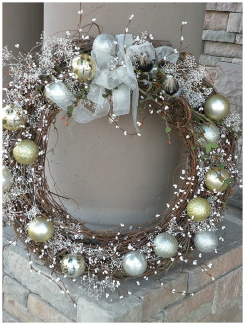 frosted-look-christmas-wreath