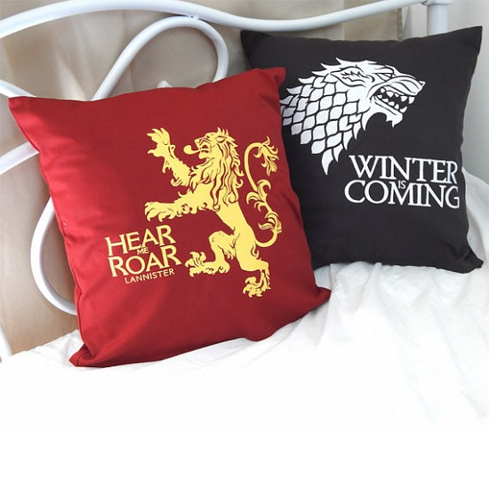 lannister-and-stark-cushions