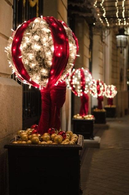lighted-balls