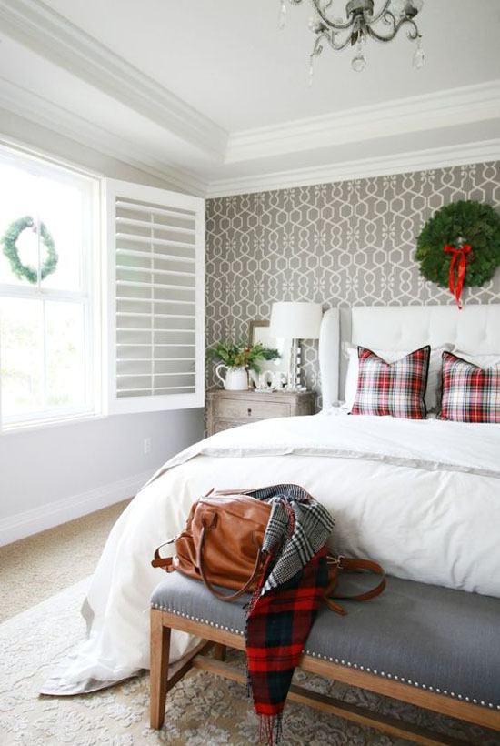 christmas-bedroom-decorating-ideas-30
