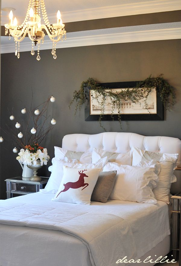 Cozy christmas bedroom decorating ideas festival around for Room decor for christmas