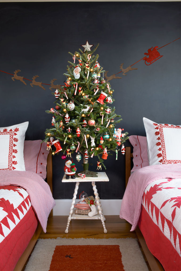 Scintillating Christmas Garland Decoration Ideas ...