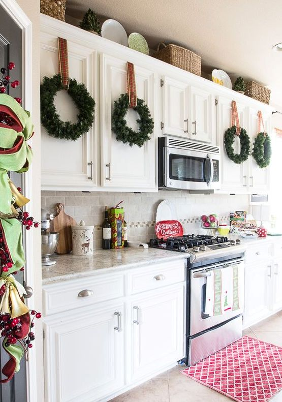 christmas-kitchen-decorating-ideas-29