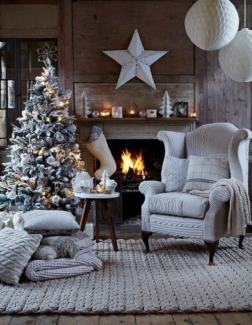 christmas-living-room-decoration-ideas-1