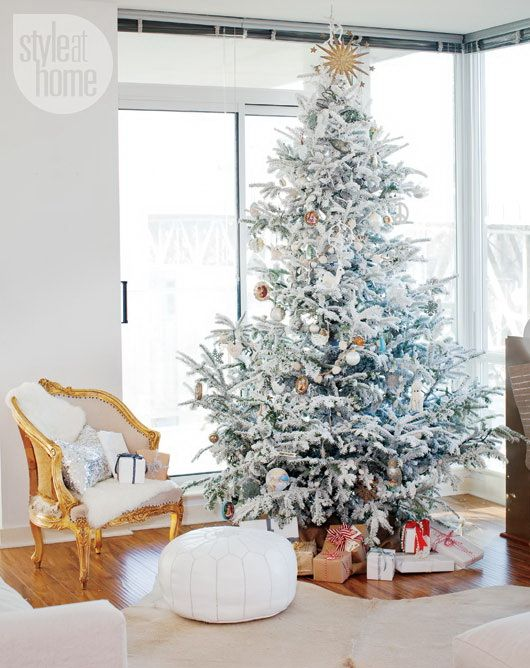 christmas-living-room-decoration-ideas-16