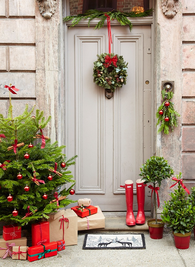 christmas-porch-decorating-ideas-12