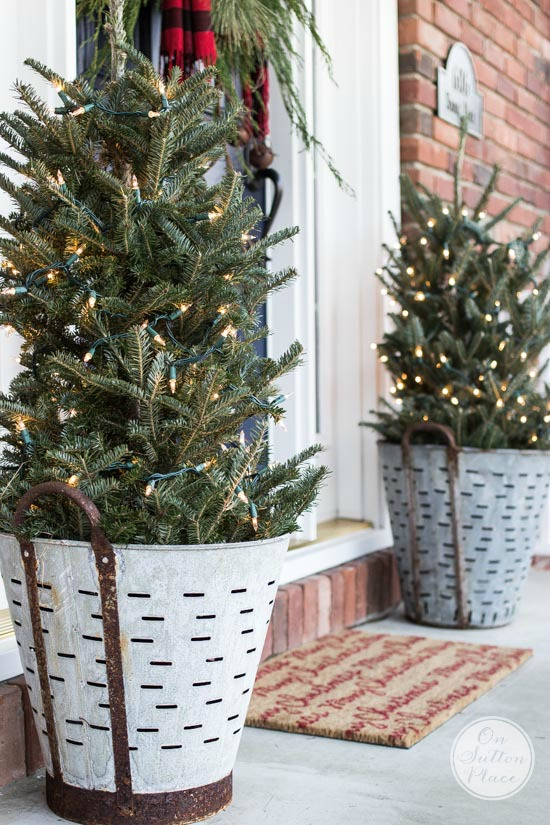 christmas-porch-decorating-ideas-2