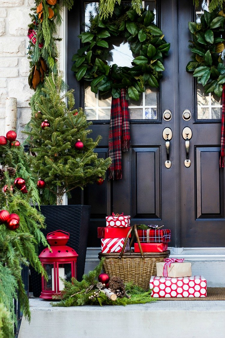 christmas-porch-decorating-ideas-21