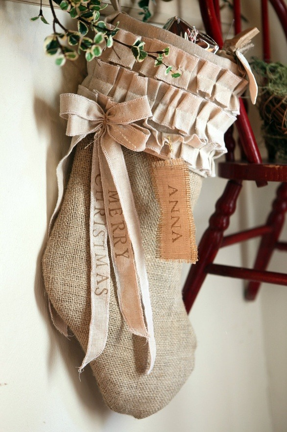 christmas-stocking-decoration-ideas-15