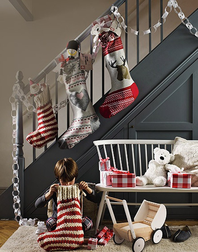 christmas-stocking-decoration-ideas-19