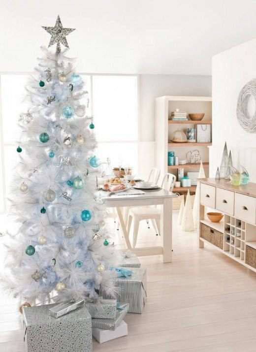 Modern christmas decorating ideas that you must not miss for Modern christmas decor
