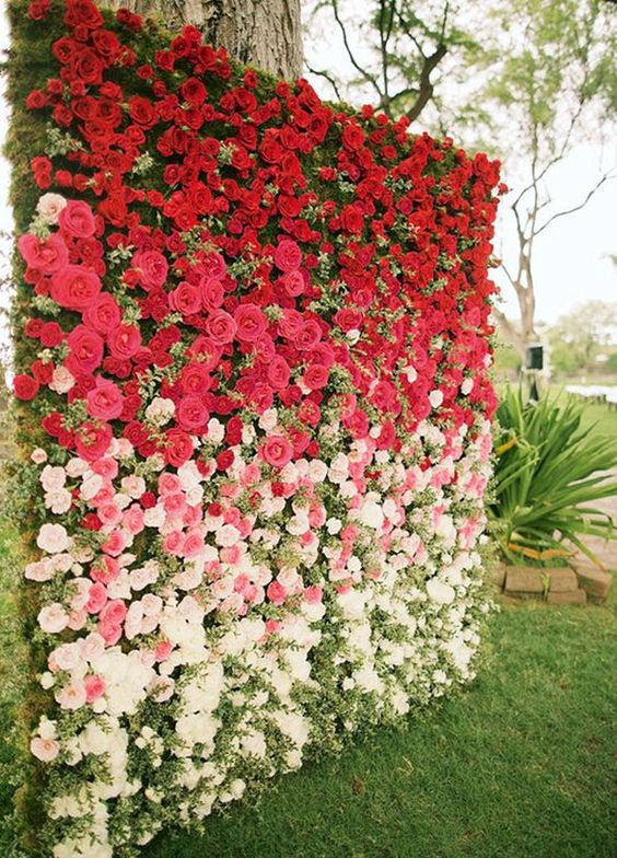 Top 20 wedding back drop ideas for 2017 festival around the world ombre red roses wedding backdrop junglespirit Choice Image