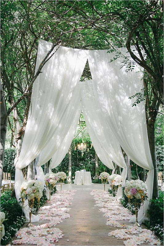 12 Most Popular Wedding Aisles of 1217 – Festival Around the World