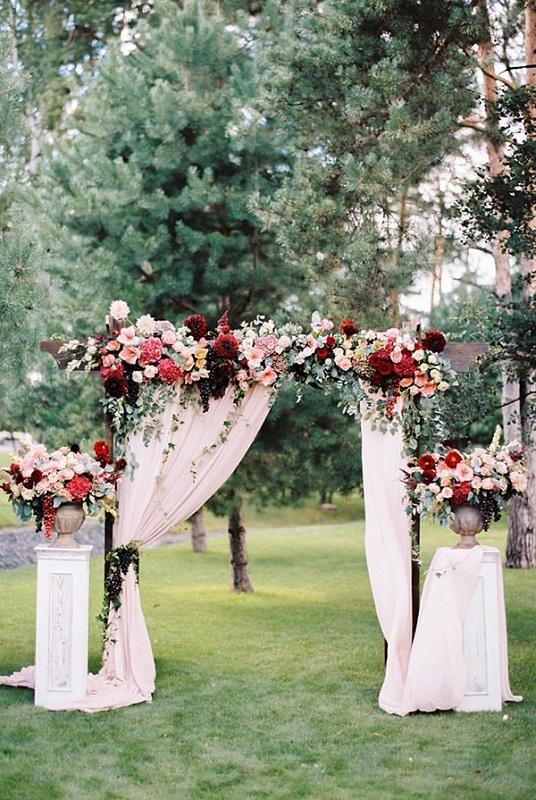 20 Stunning Wedding Altar Ideas - Festival Around the World