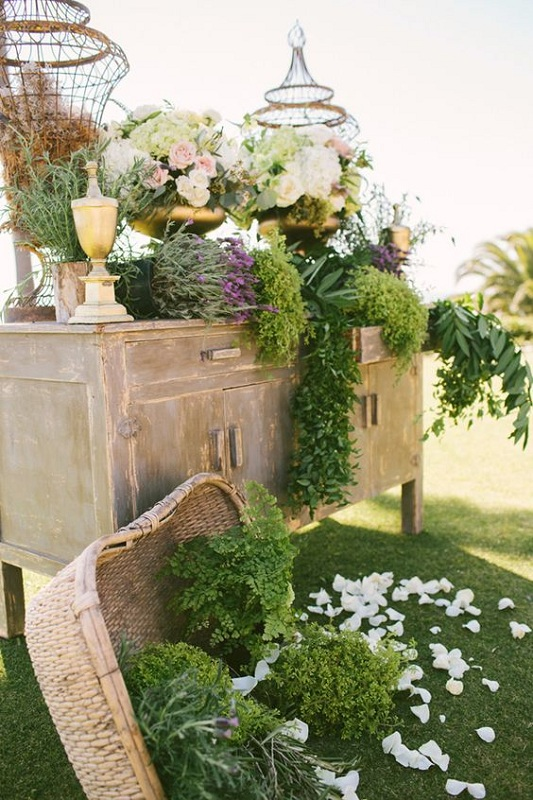Creative ideas for wedding outdoor decorations festival for Rustic outdoor decorating