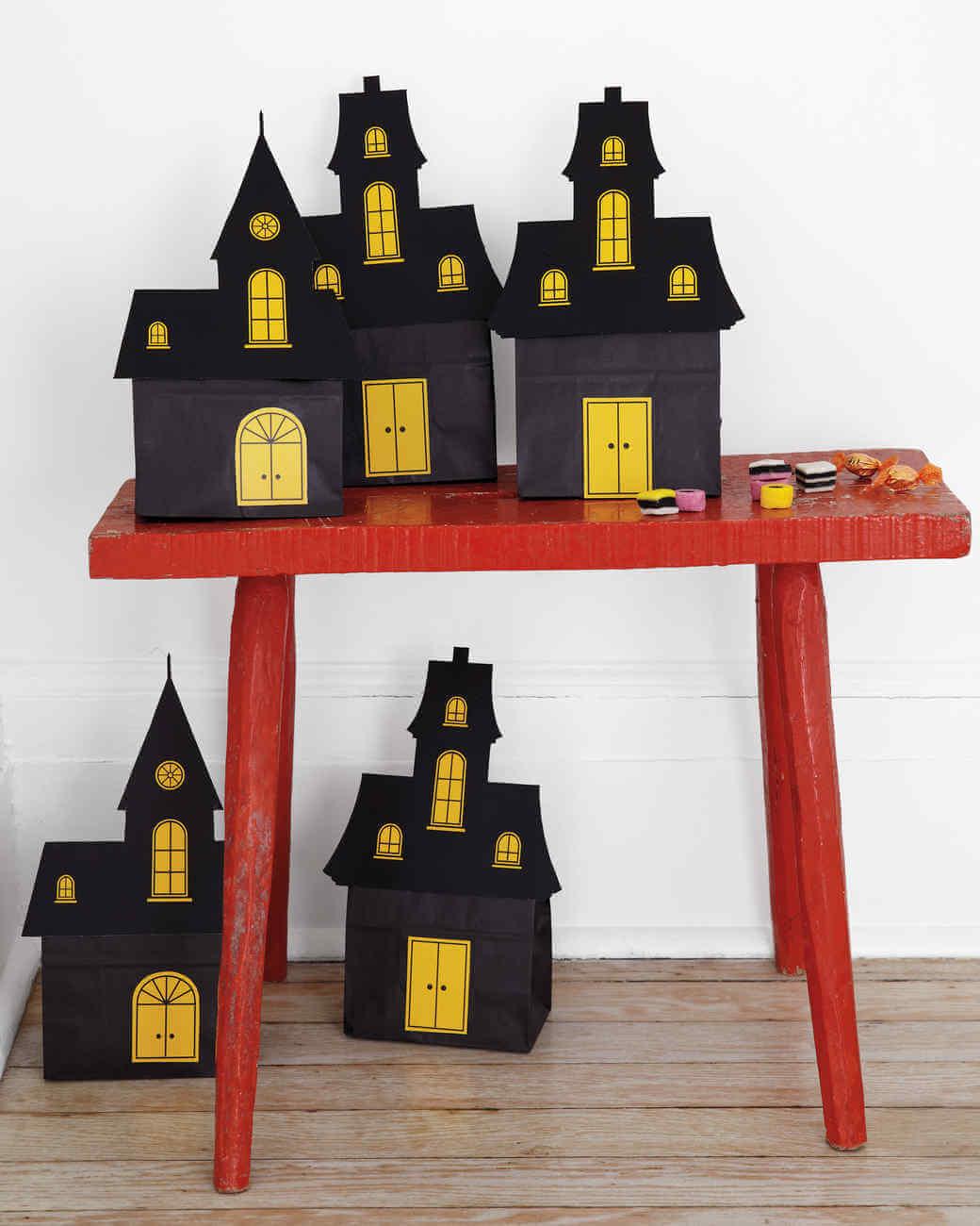 Halloween Decorations Indoor: Spooky Indoor Halloween Decoration Ideas
