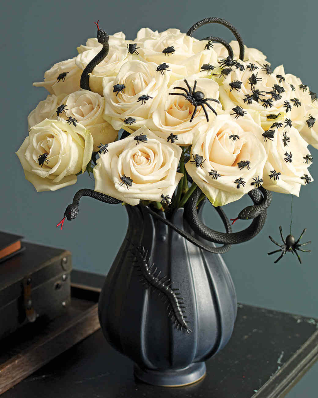 Spooky Indoor Halloween Decoration Ideas