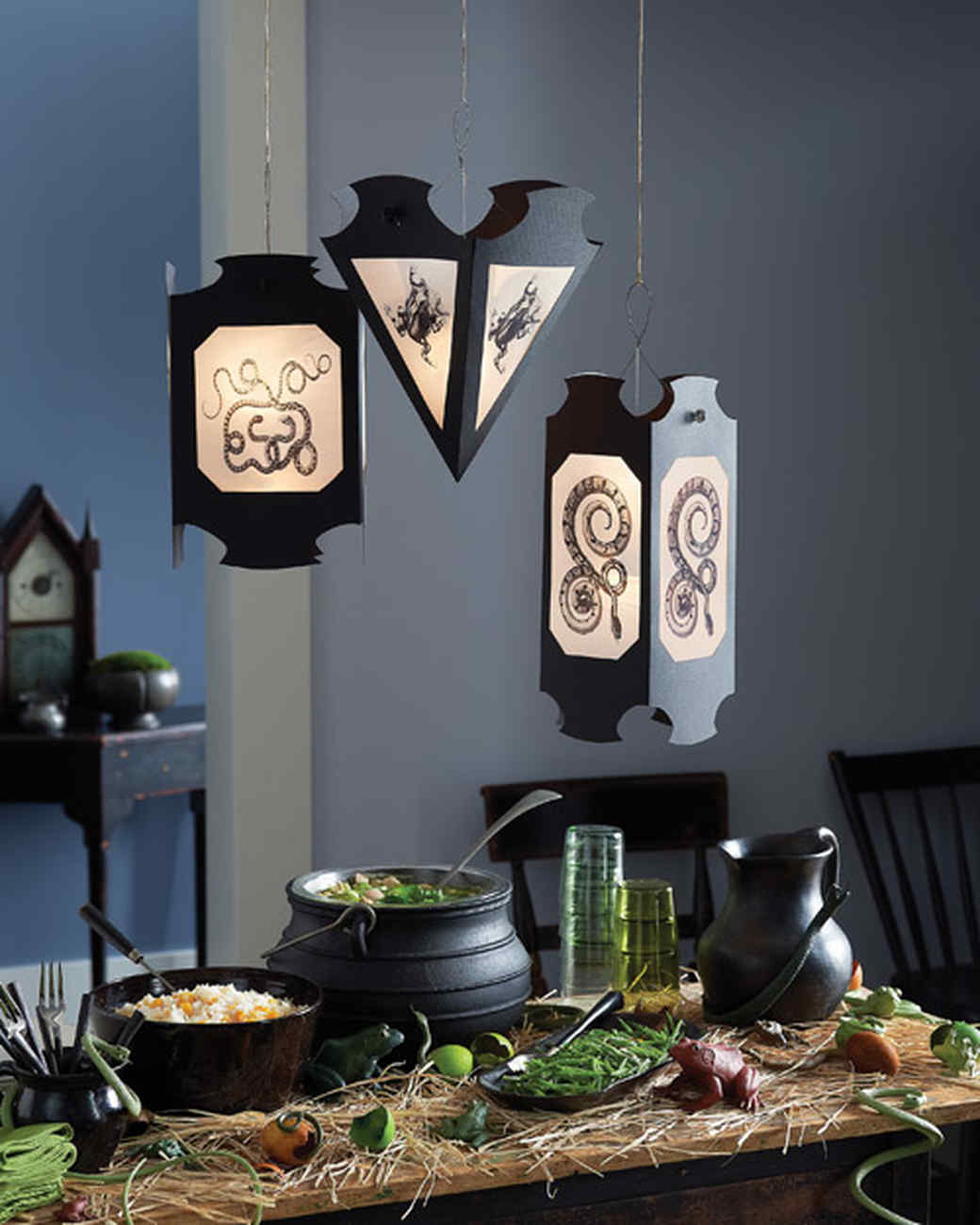 gothic lanterns - Diy Indoor Halloween Decorations